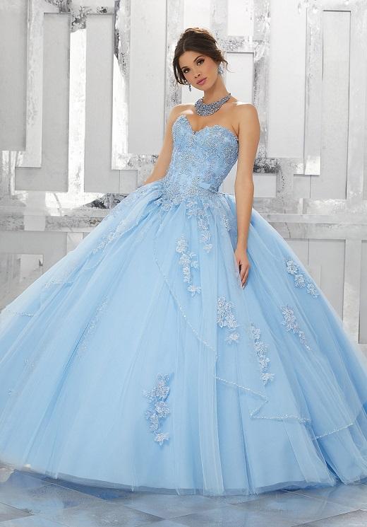 مدل لباس عروس زیبا به رنگ آبی
