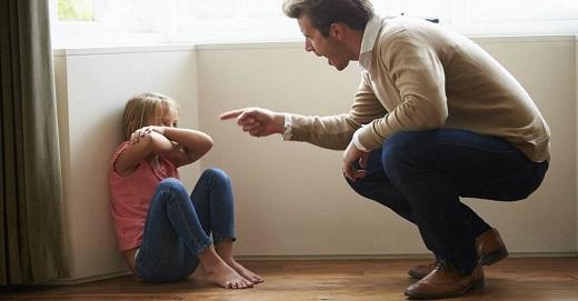 بررسی کودک آزاری در زندگی نوین