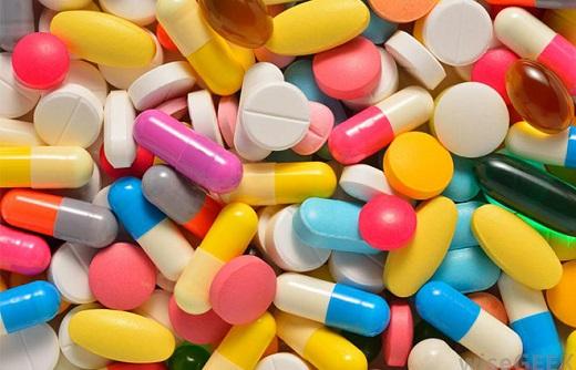 آشنایی با داروهای مضر برای اعصاب