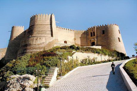 قلعه فلکالافلاک استان لرستان سنددار شد