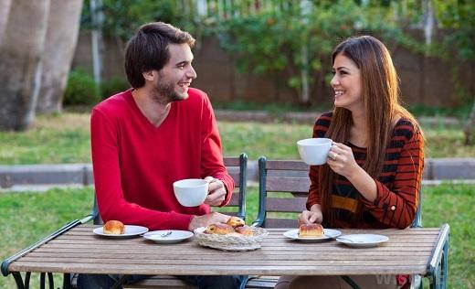 زنان بیشتر درگیر رابطه عاطفی میشوند یا مردان؟