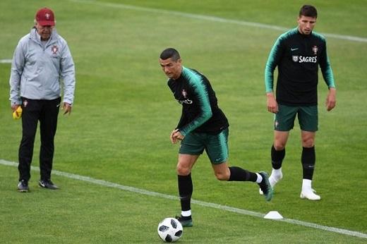 کریستیانو رونالدو : با تمام توان به استقبال جام جهانی می روم
