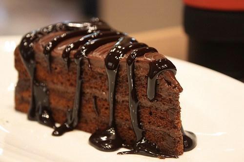 آموزش طرز تهیه کیک شکلاتی