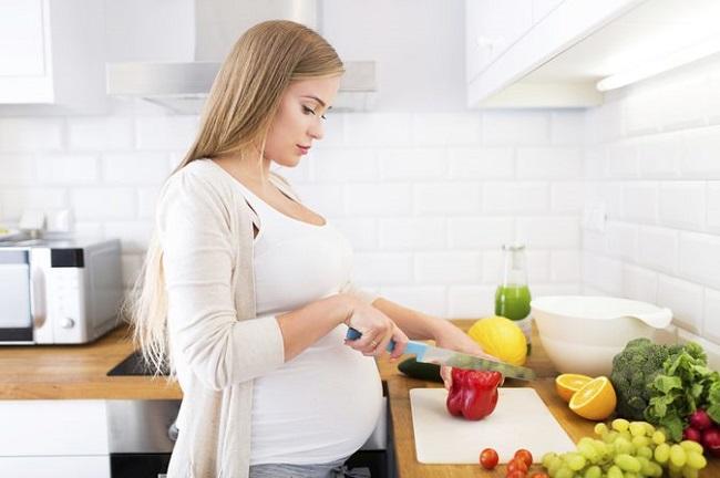 تغذیه صحیح بانوان در زمان بارداری