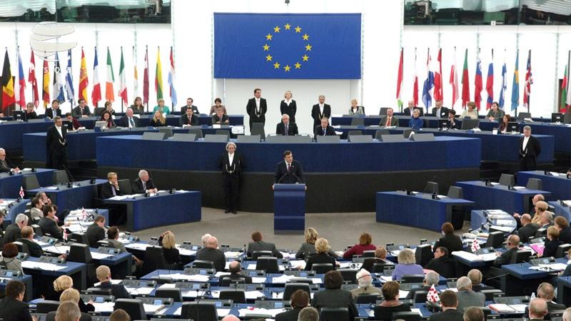 کمیسیون اروپا اولین بار با لایحه بودجه ایتالیا مخالفت کرد