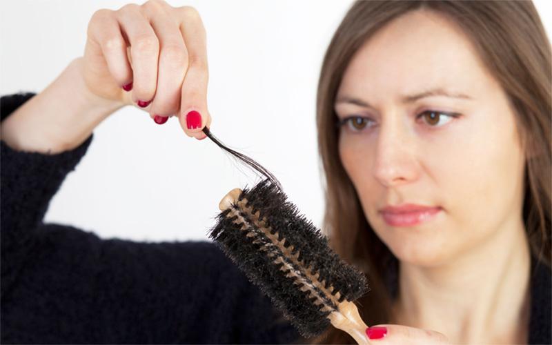 جلوگیری از ریزش مو با شیوههای خانگی
