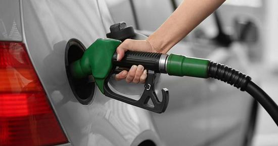 قیمت ۱۰۰۰ تومانی بنزین در بودجه ۹۸