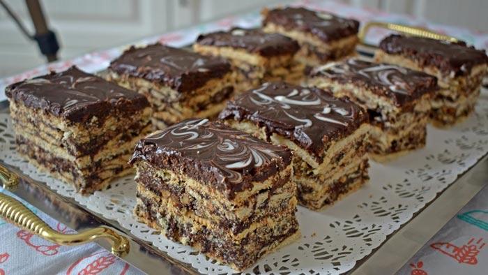 طرز تهیه ۳ نوع کاسترد با بیسکویت موز و شکلات ویبره پورتال جامع زندگی