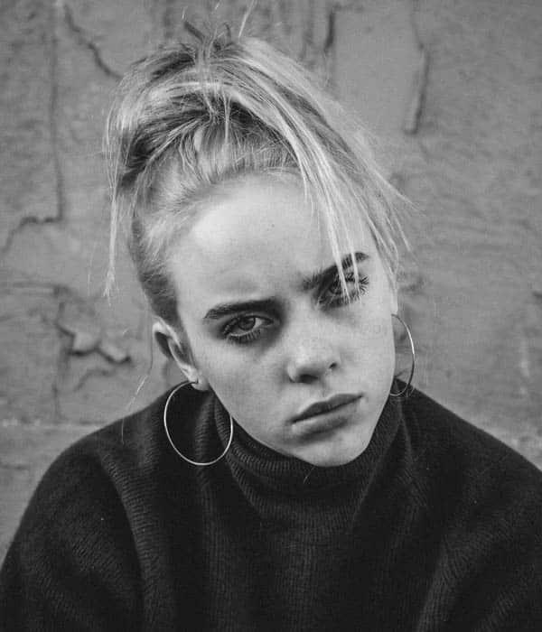 بیوگرافی Billie Eilish خواننده جوان آمریکایی 2019 | ویبره | پورتال ...